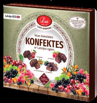 Īstas šokolādes konfektes ar Latvijas ogām
